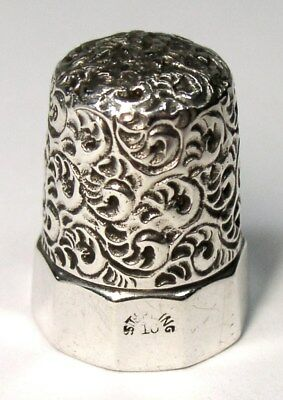 Antique Simons Bros Faceted Sterling Silver Thimble Vermicelli Embroidery Top
