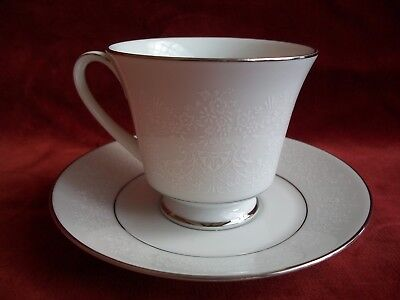 NORITAKE  #  THULE 3082  ( FOOTED CUP & SAUCER x 6 )