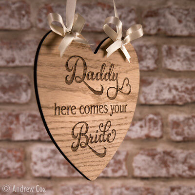 Daddy here comes your Bride Wedding Signs Rustic Heart Vintage Decorations 19cm