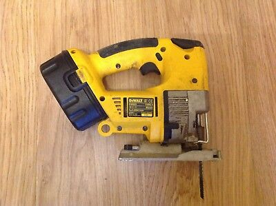 Dewalt 110v jigsaw 3000 picclick uk dewalt 18v dw933 cordless jigsaw with battery and charger keyboard keysfo Image collections