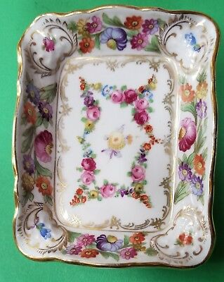 Dresden  Schumann Germany  Garland Ashtray 4 inches by 3 l/4