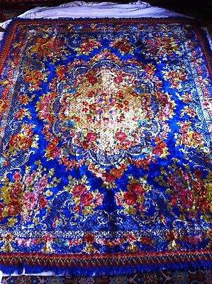 ANTIQUE VINTAGE VELVET BEDSPREAD OR TABLE COVER WITH BRIGHT COLORS 80x67 inches.