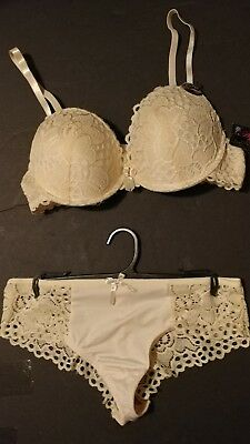 Plejue Intimates  BRA AND PANTIE  SET Sz. 36B NWT
