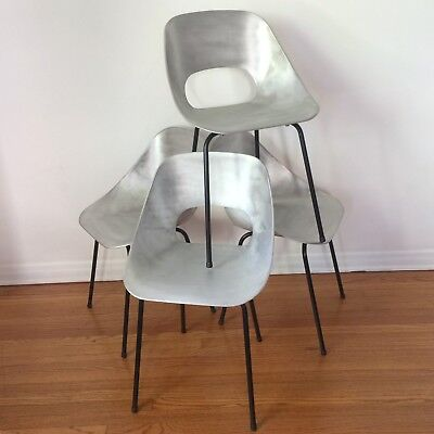 "Pierre Guariche ""Tonneau"" Tulipe Chair"