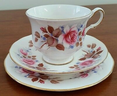 Vintage 60s QUEEN ANNE BONE CHINA PINK ROSES 8521 Tea Cup Sauce Plate Trios