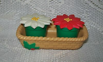 Vintage Small Plastic Red/white Poinsettia Flowers In Pot Salt & Pepper Shakers