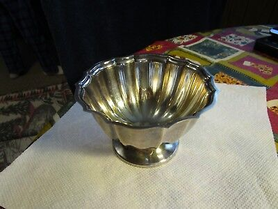 "Elegant International Silver Co.~Silverplated&ribed 5.25"" Bowl!!~~Nice!!!!"