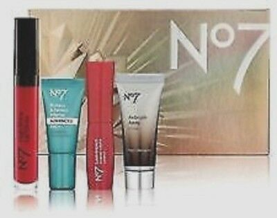 No7 Stand Out Favourites Collection Mini Gift Set