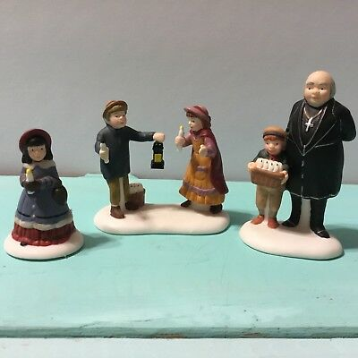 Dept 56 Dickens ~ A Peaceful Glow On Christmas Eve ~ 58300 Heritage Village