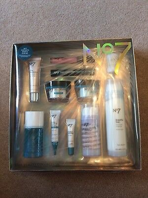 No7 STAR Beauty Collection Gift Set - 11 items **Brand New**