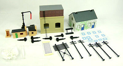 Hornby R8228 Building/Trakmat Accessories Pack 2 - Aust Warranty