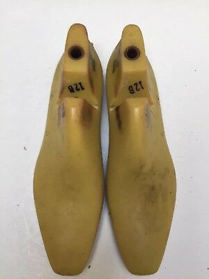 Vintage Pair Of Size 12 B Shoe Lasts From Jones & Vining Of Molded Plastic