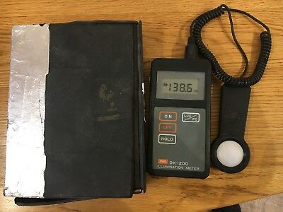 INS DX-200 / High Accuracy Selectable Lux & Ft-cd Illumination Meter