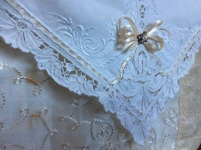 Vintage White Table Cloth / Doily w/Flowers Edge & Laced Satin Ribbon