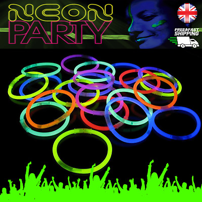 "100 x 8"" Glow Sticks Bracelets Neon Party Colors Glo Glowsticks UV Light Bulk UK"