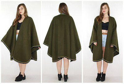 Vintage 80´s NEW WOOL CAPE cozy loden FULL CIRCLE + ULTRA VOLLUME olive MINIMAL