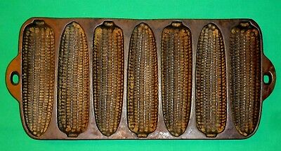 Vintage Cast Iron ~  Corn Bread / Muffin Pan ~ 7 Ear - V Mark
