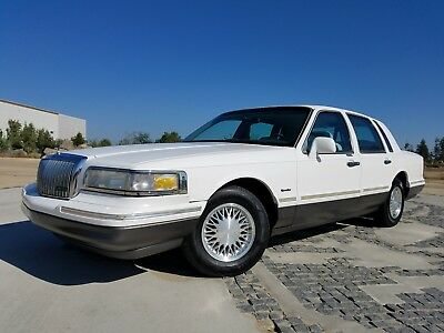 1997 Lincoln Town Car Signature Siries 1997 Lincoln Towncar Signature Series