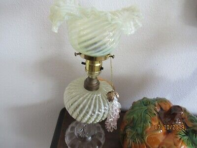 Vaseline Sheldon Swirl Oil Lamp Plus Electric Adapter-Excellent