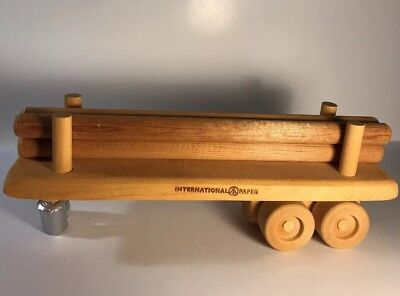 International Paper Flatbed Trailor With Logs Hand Carved