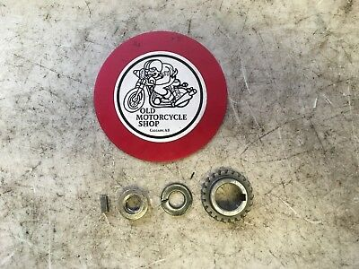 1979 Yamaha Dt175 Right Crankshaft Drive Gear & Nut Oem