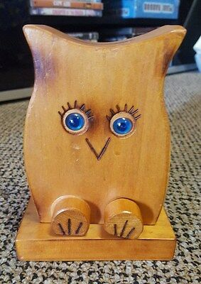 VINTAGE HANDCRAFTED WOODEN OWL MONEY BOX, 14.5cm x 11cm x 6.5cm
