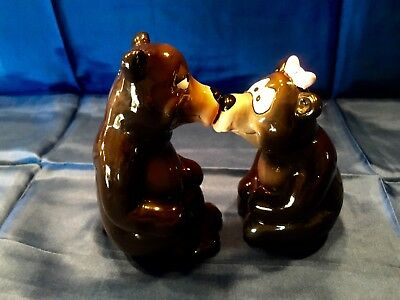 Mother's Day Love Bears Salt & Pepper Shakers