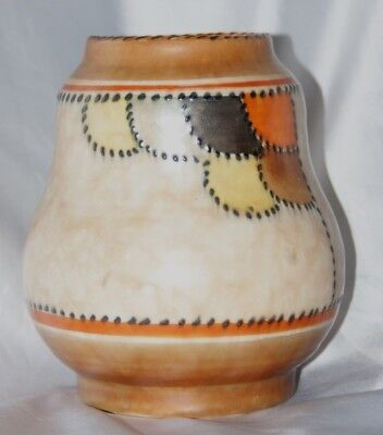 Vintage Charlotte Rhead Crown Ducal vase stitch and patch design 4058