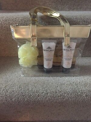 M&S Royal Jelly with Honey Gift Set BN