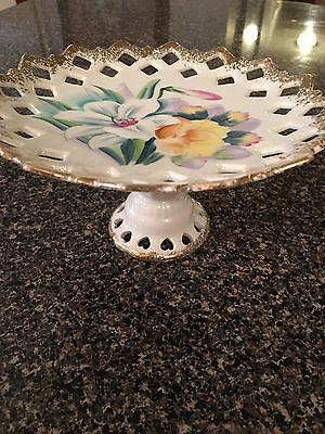 cake plate stand kitchen  cooking  server dishes vintage  decor  collectible