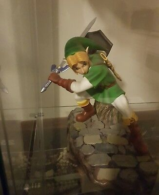 Very Rare Zelda link green tunic first 4 figures ocarina of time statue