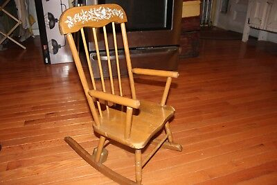 """Vintage HEDSTROM Child's Musical (Lador Music Box) Wooden Rocking Chair 25"""" Tall"""