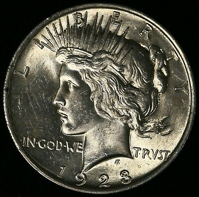 Usa 1923 Silver Peace Dollar In Extremely Fine Condition