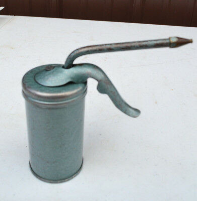 Vintage  Oil Can Working Collectible Made In Usa Man Cave Pump