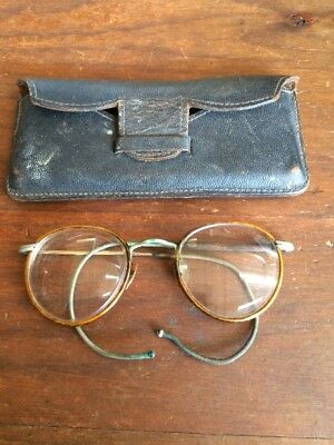 Antique Reading Glasses. Flexible Wire Ear Loops. Original Leather Case
