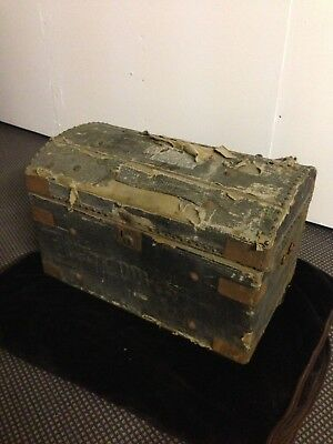 Antique wooden Victorian dome top steamer trunk / chest