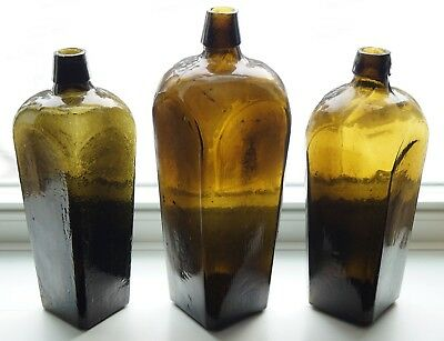 Larger Size Early, Crude Dark Honey-Amber Applied Top Dutch Case Gin Bottle