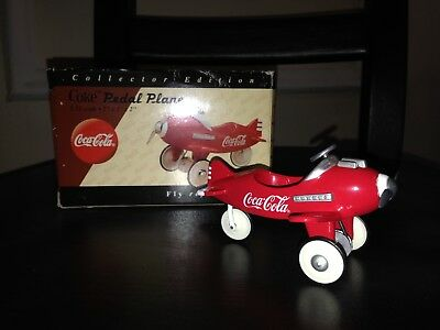 1997 Coca Cola Coke Die-Cast Pedal Plane Airplane 1:18 Scale 3x2x2  MIB
