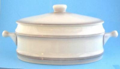 Goebel Lorraine Dinnerware Oval Casserole 2 1/2 Qt. Lug Handle Gray Germany