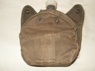 Vintage US Military 7S011 Canteen with case and top 1986and has cup inside pouch