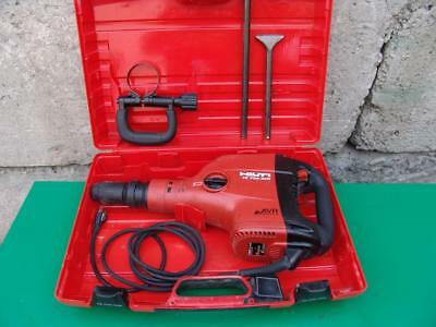 Hilti Te706-Avr  Demolition Chipping Hammer 120V With Bits Works Great