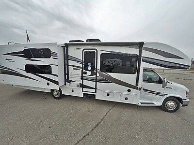 2018 Jayco Greyhawk 31FS Class C Gas Motorhome with Bunks Great For The Family