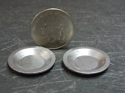 Dollhouse Miniature Pie Plates Set of 2 1:12 one inch scale Z013 Dollys Gallery