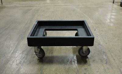 Cambro CD300-110 Camdolly® for Camtainers®, Ultra Camtainers®, and Camcarriers®