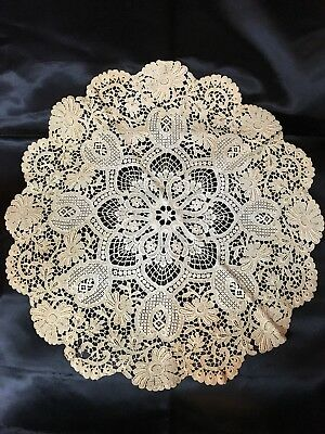 """c1880s SWISS GUIPURE (CHEMICAL) LACE DOILY~Dark Ivory~Authentic~18"""" Diam~Lovely!"""