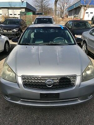 2005 Nissan Altima  Nissan Altima 2005 well shaped