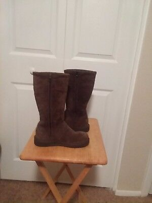 UGG Womens Classic Tall Suede Boot Chocolate Brown Suede Size 5 with Zipper