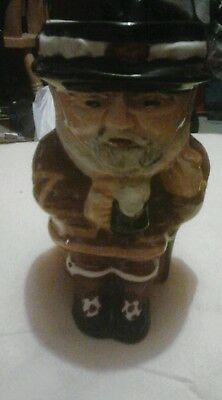 Beefeater toby jug  (shorter)
