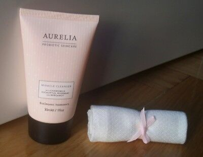 AURELIA Probiotic Skincare 30ml Miracle Cleanser + bamboo muslin cloth