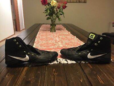 Nike hypersweep wrestling shoes size 10